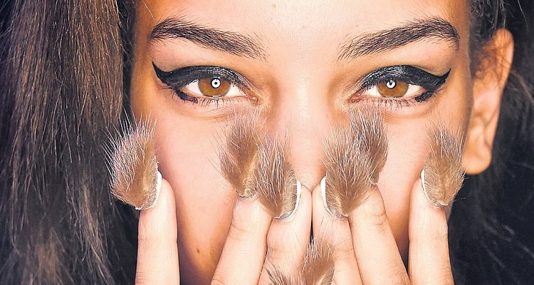 Unhas Furry Nails
